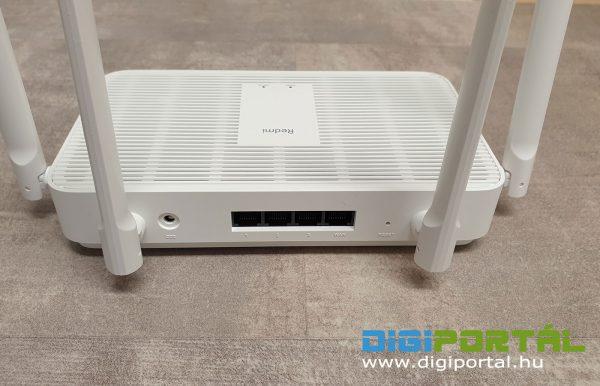 A router hátulja, csatlakozók