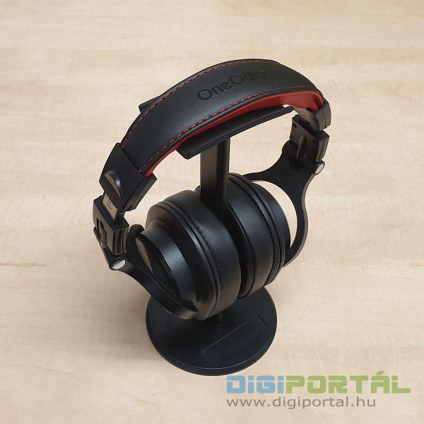 OneOdio A70 fejhallgató az állványon
