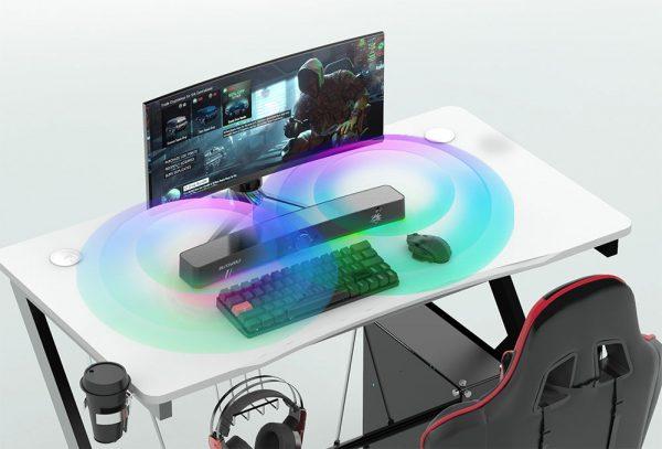 BlitzWolf BW-GS3 hangszóró az asztalon