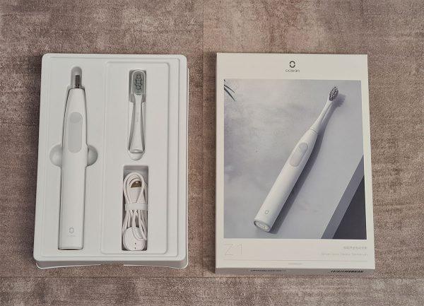 Az Oclean Z1 fogkefe és a doboza