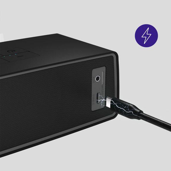 USB Type-C töltési lehetőség